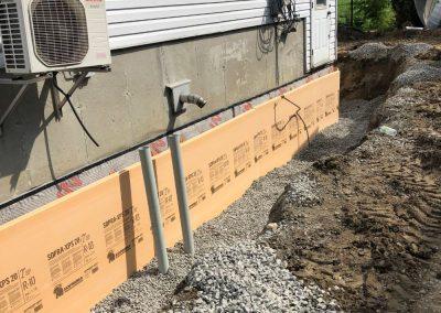 Imperméabilisation avec banc Branne Delta drain installation du drain BNQ isolation de la fondation et contrôle du remblais à Terrebonne et ses environs - Alain Fissure à mascouche
